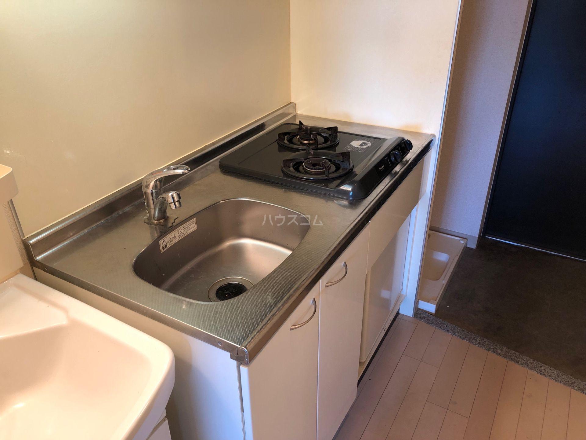 エステムコート博多祇園ツインタワーセカンドステージ 1304号室のキッチン