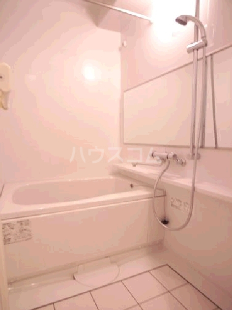 サヴォイスタジオスイーツ 405号室の風呂