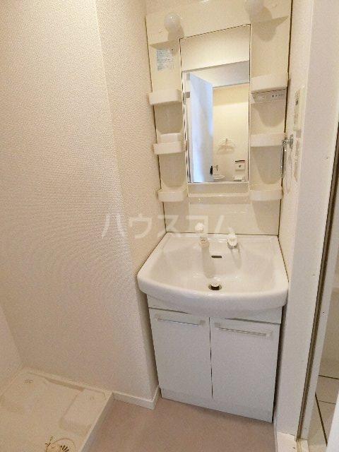 サヴォイスタジオスイーツ 405号室の洗面所