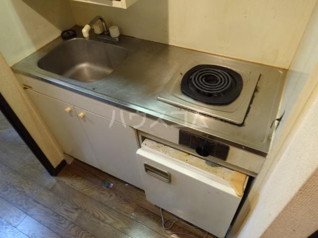 ライオンズマンション県庁東 803号室のキッチン