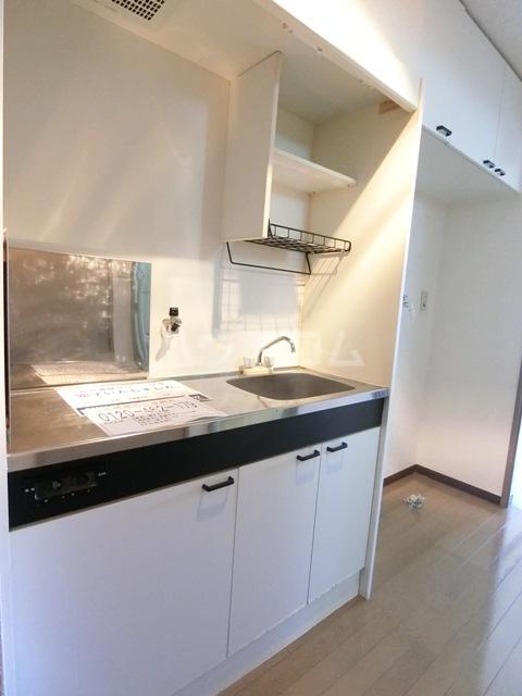 フルール井上 804号室のキッチン