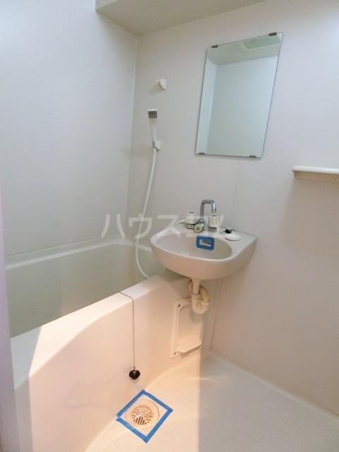 フルール井上 804号室の風呂