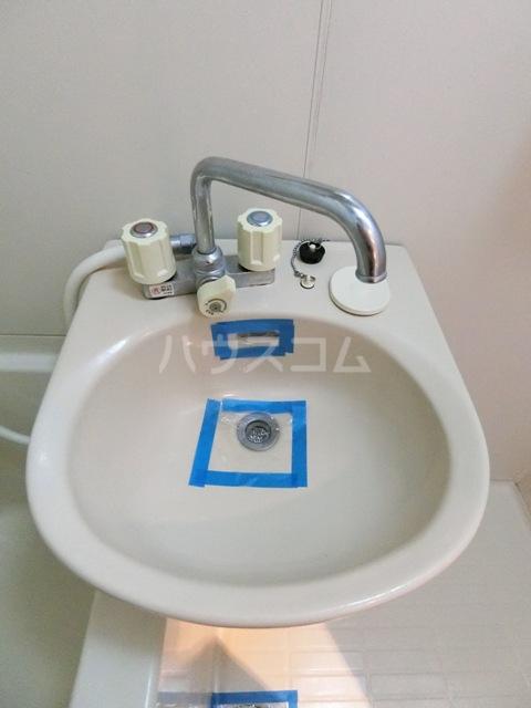 フルール井上 804号室の洗面所