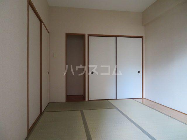 アミティエ博多駅南 1109号室の居室