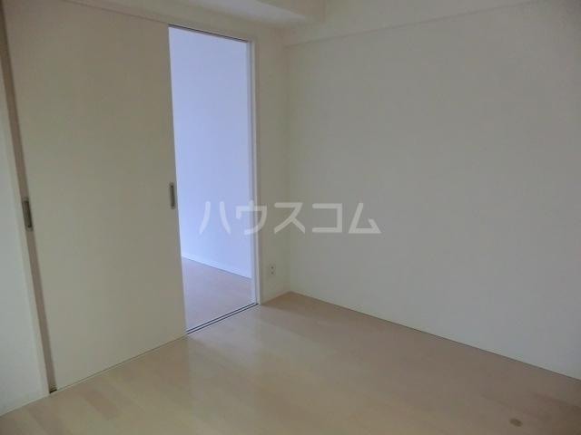 アーバンライフ松田 101号室のリビング