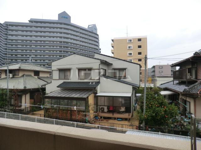 アーバンライフ松田 303号室の景色