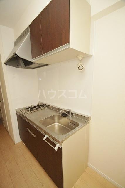 ウェルブライト博多 403号室のキッチン