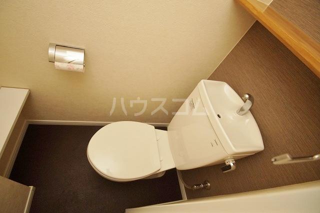ウェルブライト博多 403号室のトイレ