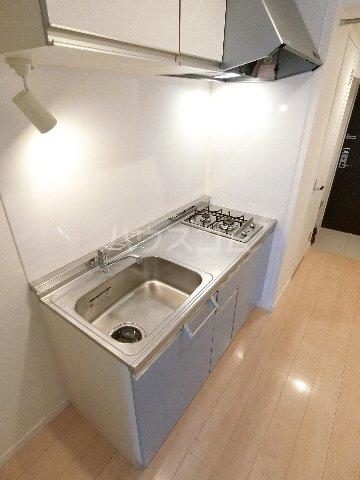 ウェルブライト博多 904号室のキッチン