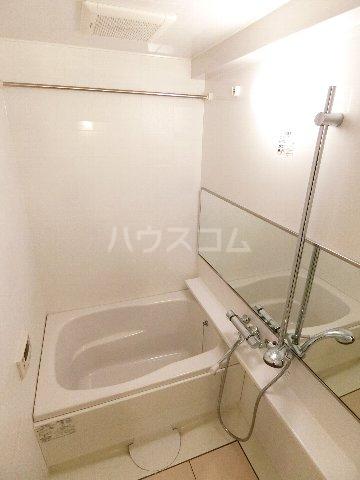 ウェルブライト博多 904号室の風呂