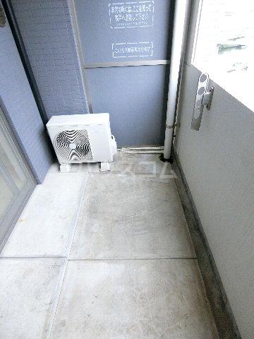 ウェルブライト博多 904号室のバルコニー