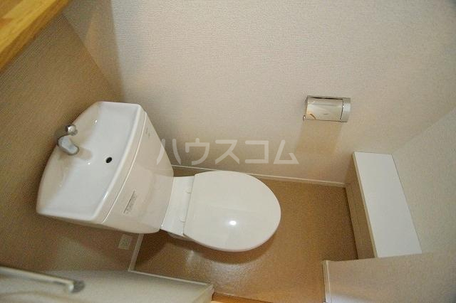 ウェルブライト博多 1106号室のトイレ