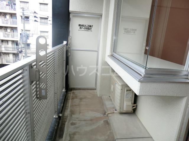 リンブラン 503号室のバルコニー