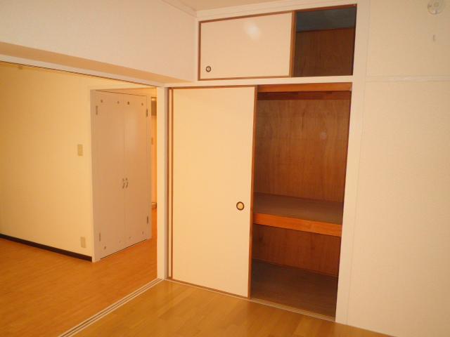 オーリン7号ビル 603号室の収納