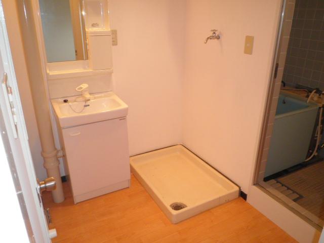 オーリン7号ビル 603号室の洗面所