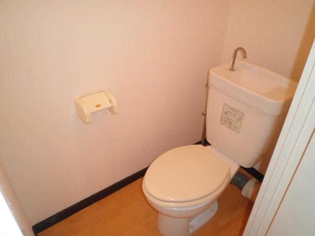 オーリン7号ビル 603号室のトイレ