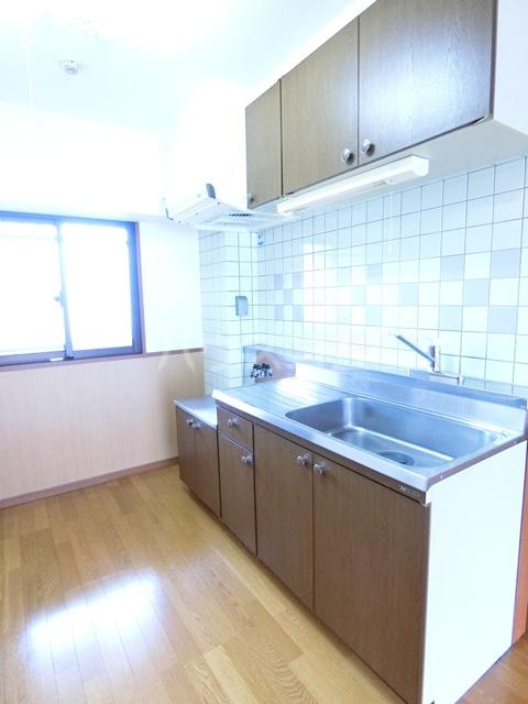 ウィズパーク 505号室のキッチン