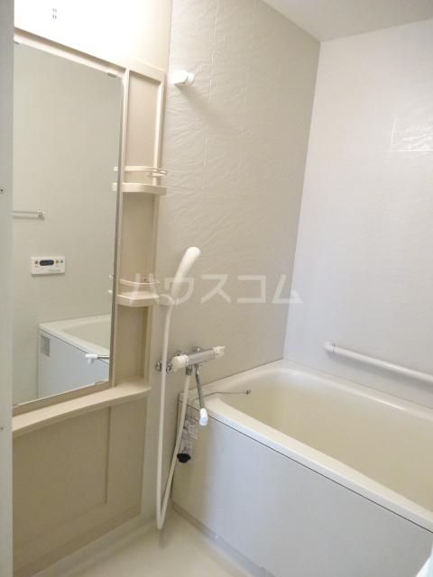 スカイシャトレ箱崎南 1006号室の風呂