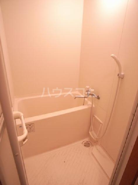 ダイナコートエスタディオ東公園Ⅲ 804号室の風呂