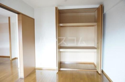 シャルム空港南 203号室のベッドルーム