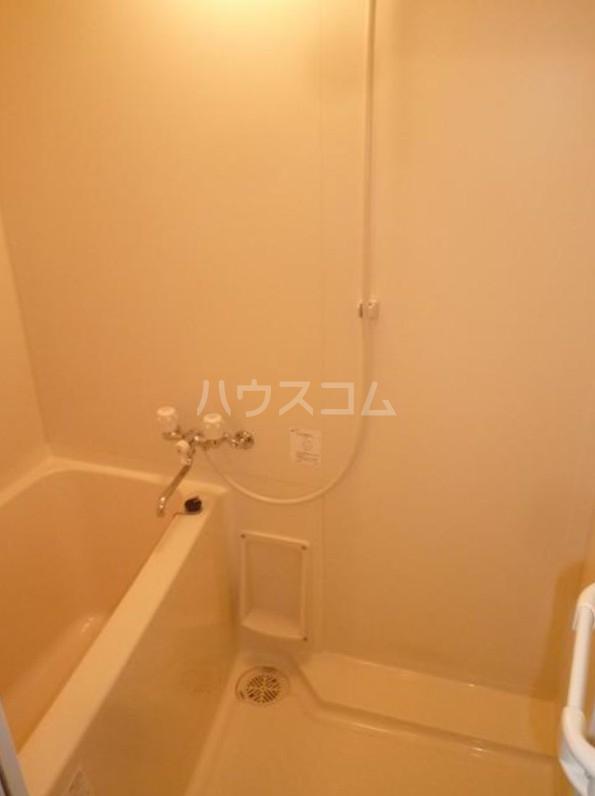 アリエッタ目黒 205号室の風呂
