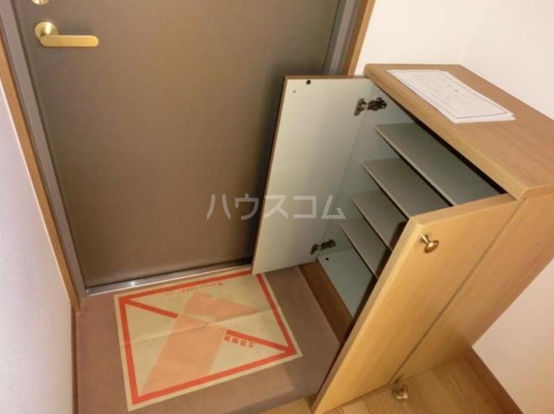 アリエッタ目黒 205号室の玄関