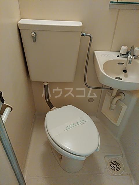 ル・ソレイユ自由が丘 306号室のトイレ