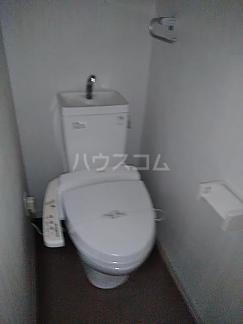 サウダージ自由が丘 301号室のトイレ