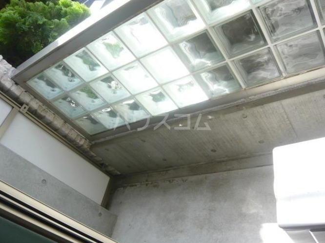 タケオクリスタル等々力 202号室のバルコニー