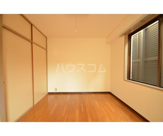 協立ビル 202号室の居室