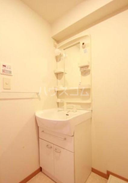 ファトーラ田園調布 804号室の洗面所