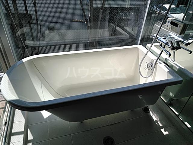 シャリオ自由が丘 203号室の風呂