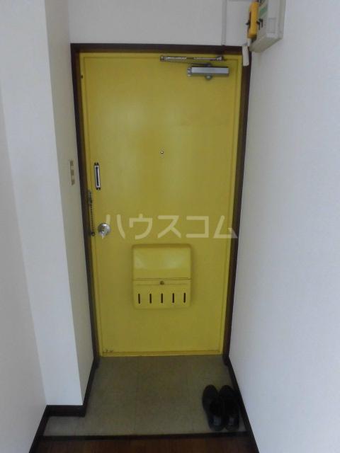 ノア都立大 601号室の玄関