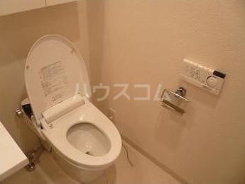 ベルファース奥沢 203号室のトイレ