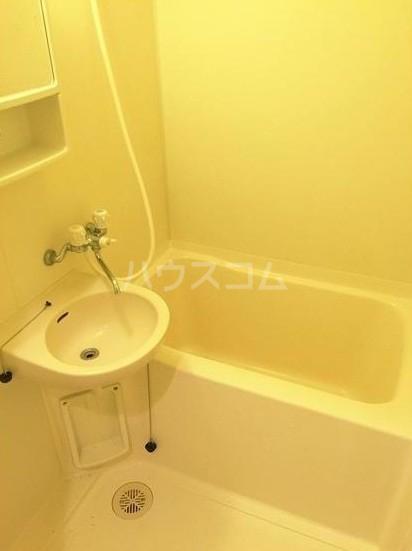 ハーヴェスト八雲 101号室の風呂