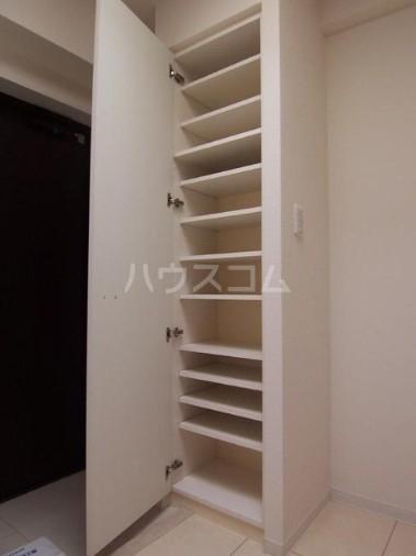 カスタリア尾山台 305号室の収納