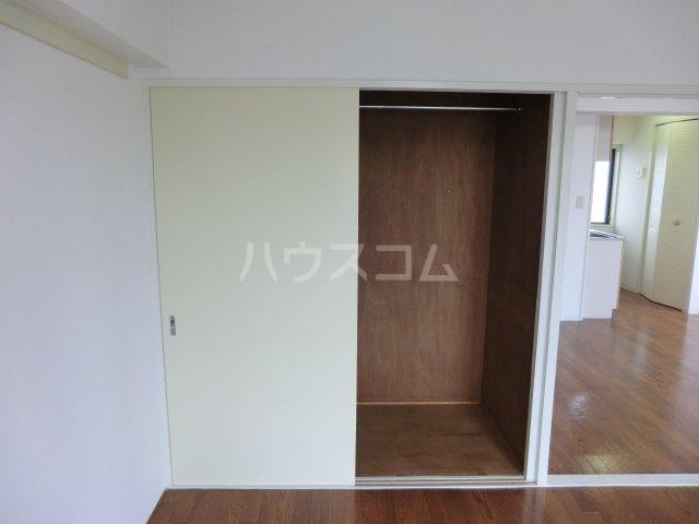 サンパーク駒沢 601号室の収納