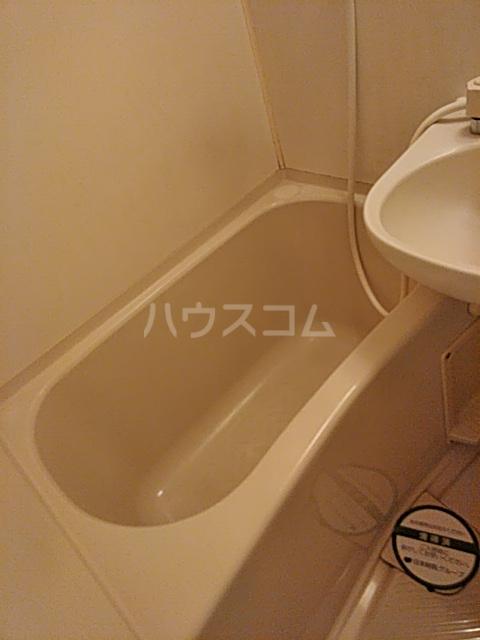 モビーレ等々力 104号室の風呂