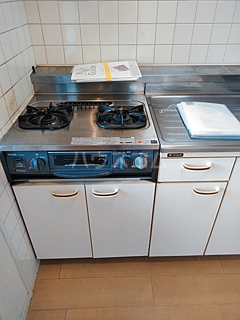 ジョイ尾山台 502号室のキッチン