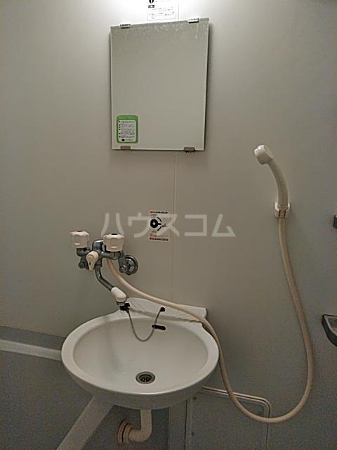 マイドリーム自由が丘 203号室の洗面所