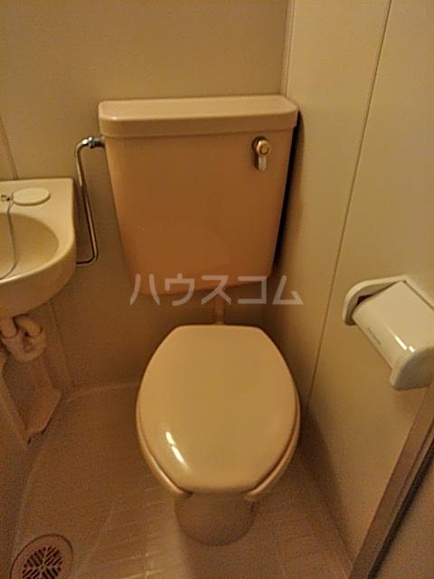スカイコート都立大学第2 203号室の洗面所