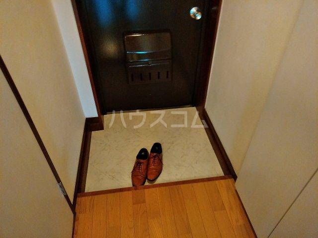 アビターレ緑が丘 101号室の玄関