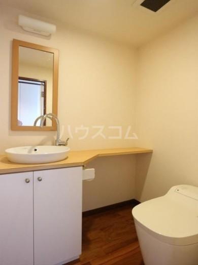 アビターレ緑が丘 101号室の洗面所