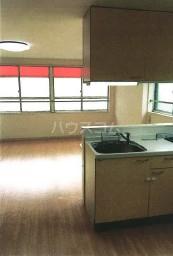 第10大協ビル 401号室のキッチン