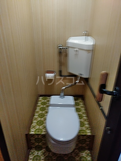ドウェルさかえ 206号室のトイレ