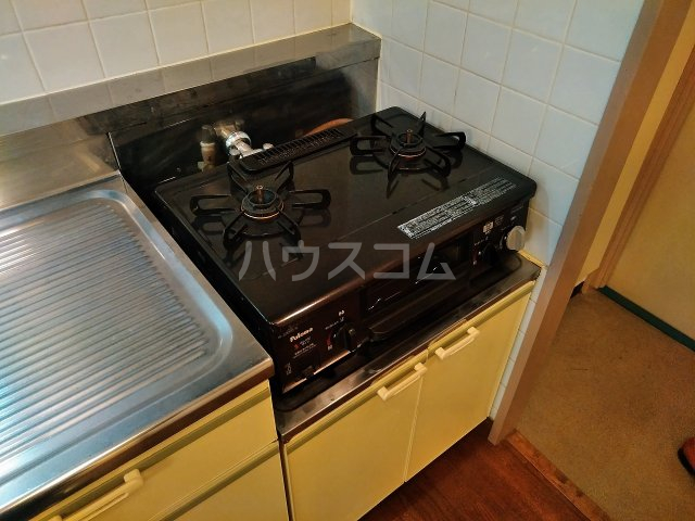 ハウス大岡山 105号室のキッチン