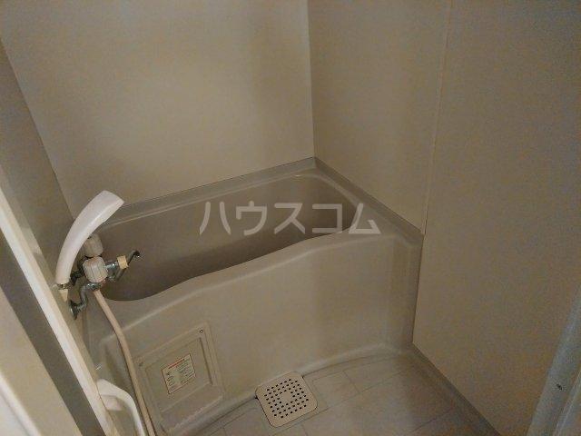 ハウス大岡山 105号室の風呂