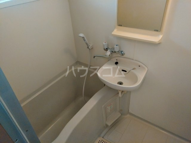 ハウス大岡山 407号室の風呂