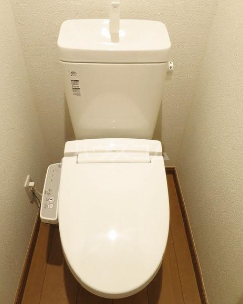 アイコート奥沢 104号室のトイレ