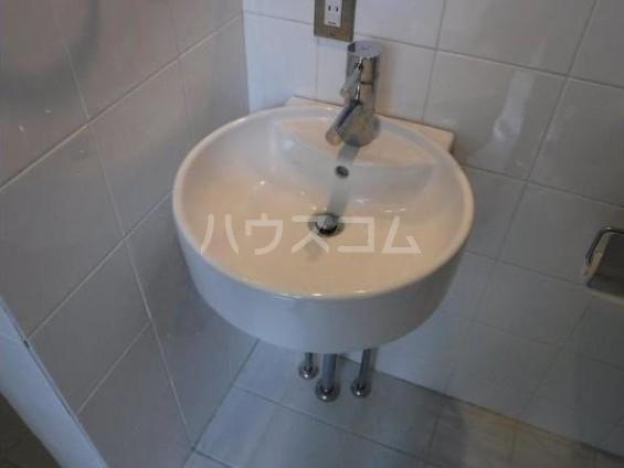 T style 自由が丘 102号室の洗面所